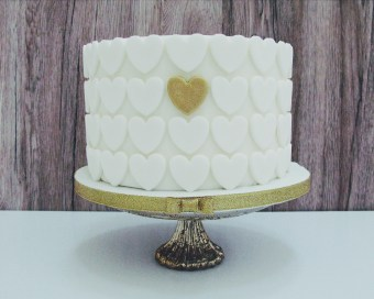 We Love: Creative and Natural Wedding Cakes by Cottonwood Bakery | British wedding blog - Bride and Tonic