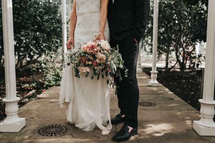 Styled Shoot || A Moody, Blush + Grey Greenhouse Wedding