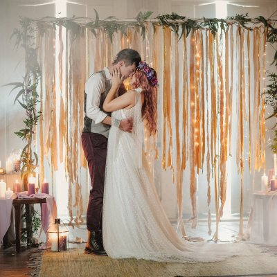 Styled Shoot || A Colour Filled, Rock n Roll Wedding in Portugal