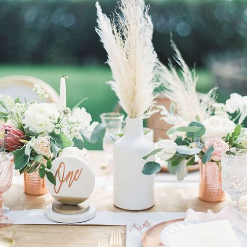 10 simple floral wedding