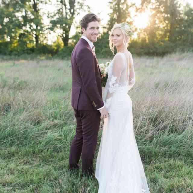 a gorgeous backyard wedding in buffalo, new york