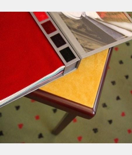 table de bridge avec tapis personnalisable