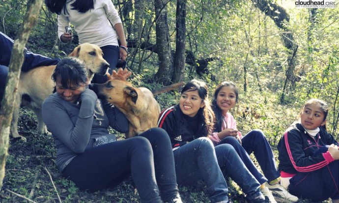 Barrio Solidaridad girls in the woods