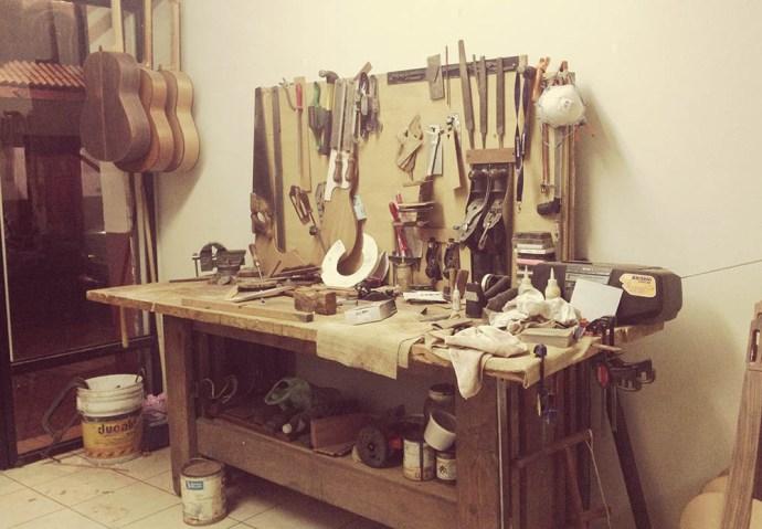 Guitar making studio, Paracho