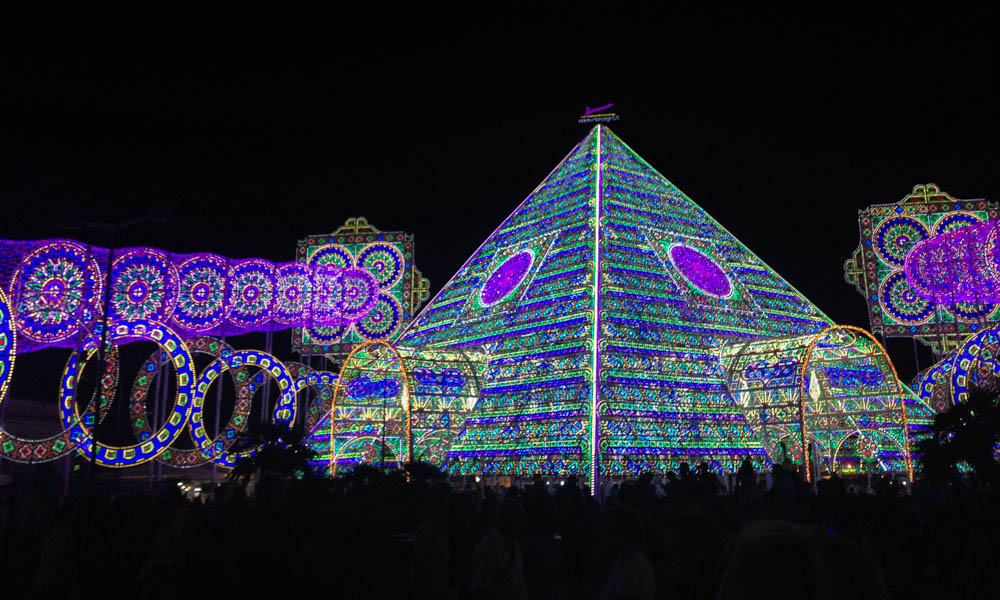 Pyramid of lights, Notte delle Luci