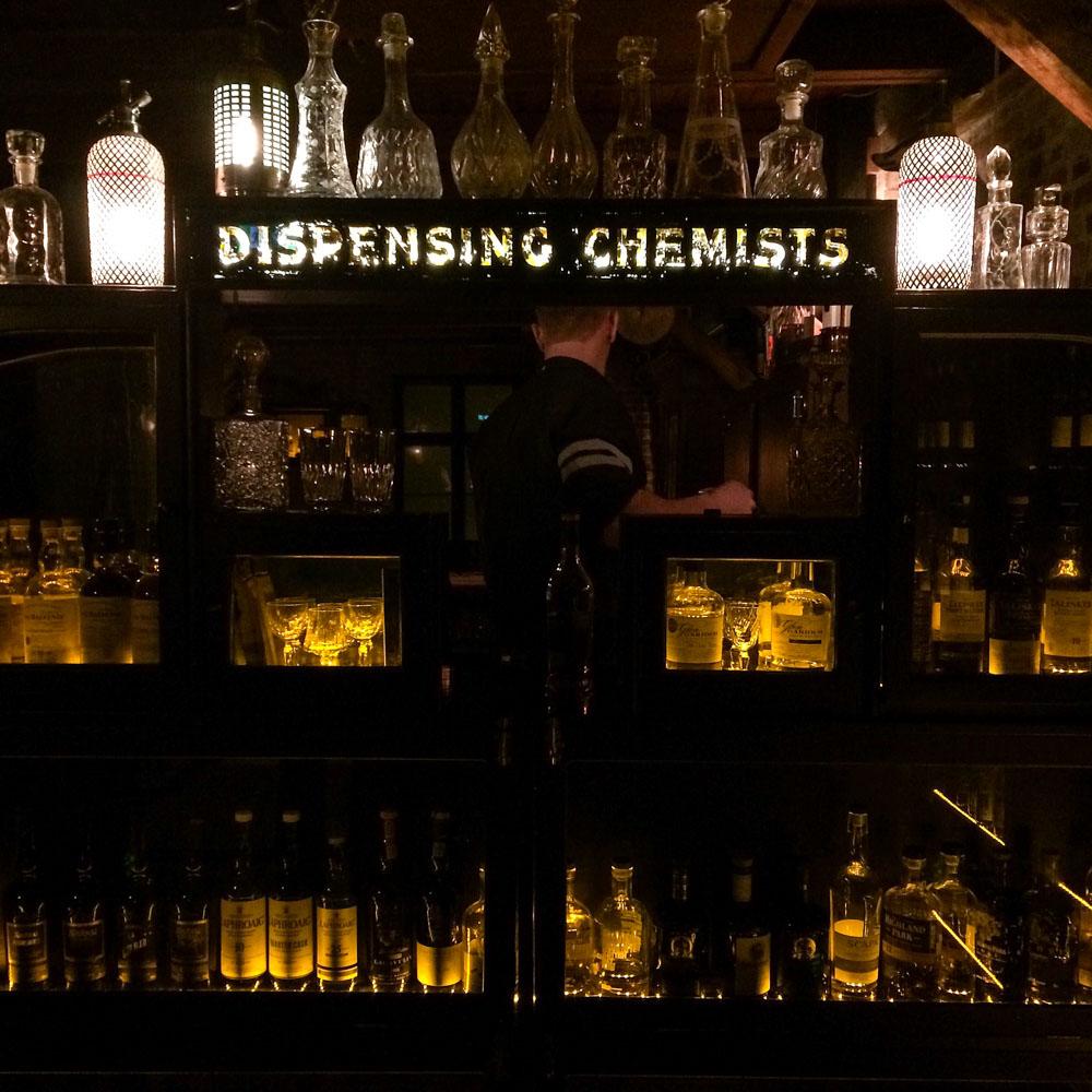 Lidkoeb whisky bar, Copenahgen