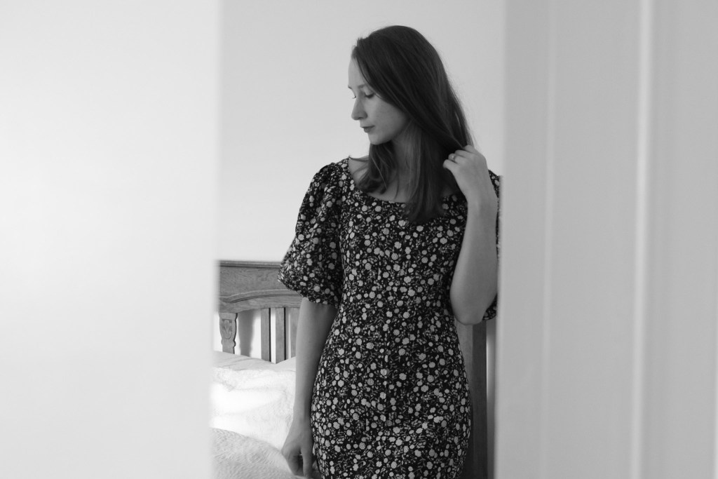 Shona Joy, floral linen dress, style and fashion blogger and influencer, reading, bared footwear, ballet flats and sandels