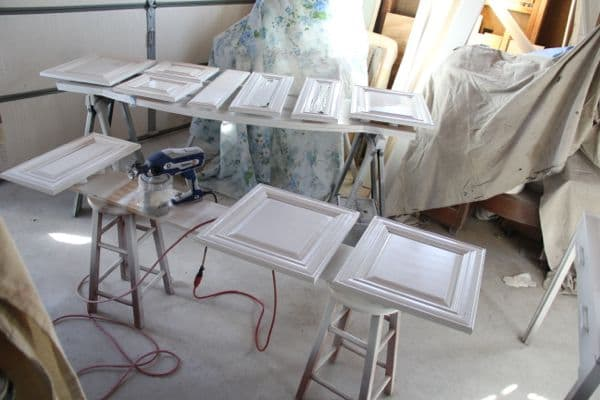 spraying kitchen cabinets tables and chairs how to spray paint like the pros - bright green door