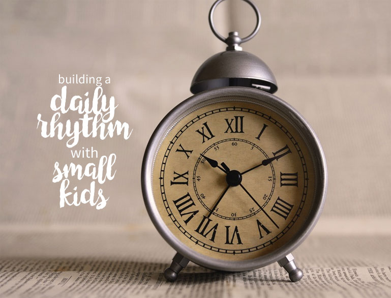 How to make a realistic daily schedule with little kids!