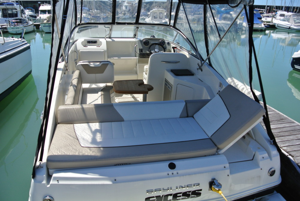 Bayliner 742 Cuddy  Brighton Boat Sales