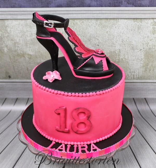 High heels mit Torte in pinkschwarz zum 18 Geburtstag