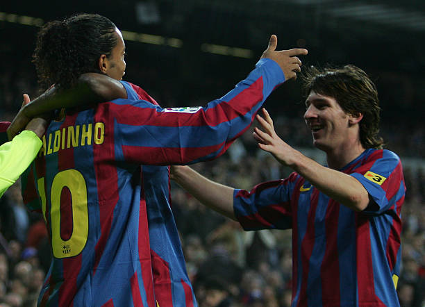 RONALDINHO Names Players better than Messi