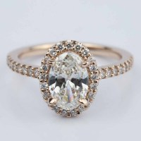 Oval Halo Diamond Engagement Ring in Rose Gold (1.50 ct.)