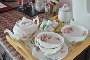 Pink room tea tray