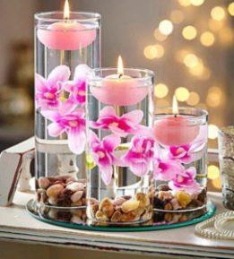 Vases cylindriques fleuris