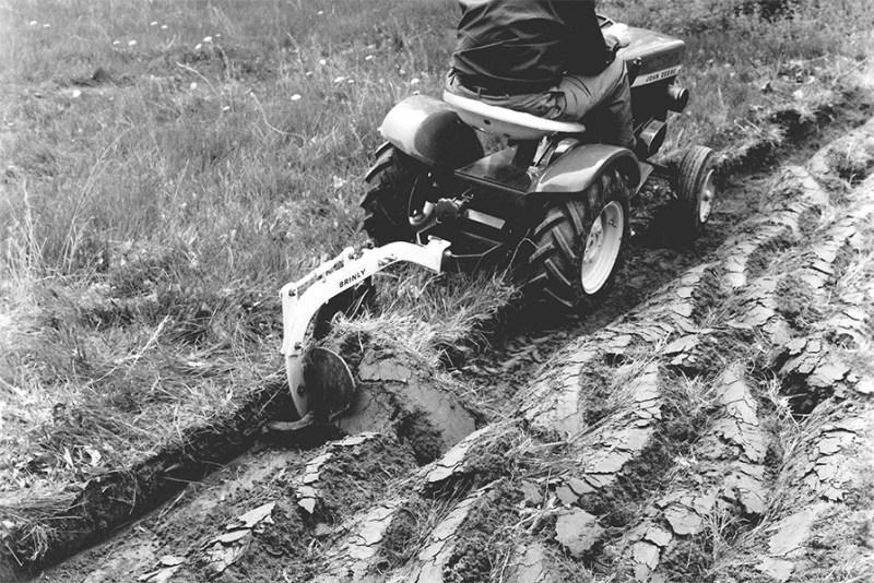 Old Plow on JD GT - Moldboard Plow 101