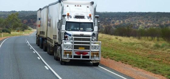 semi-trailers-534577_1920