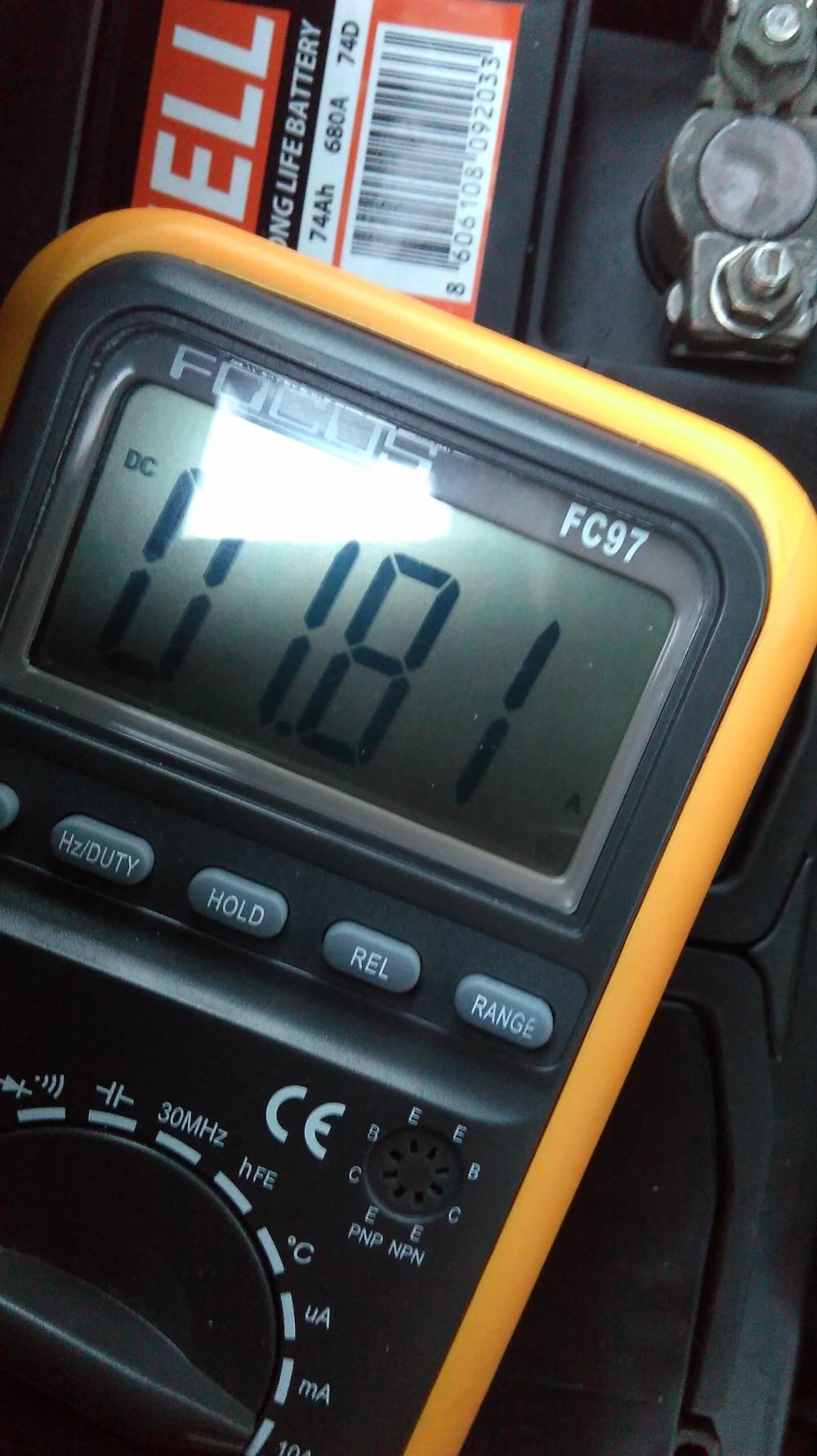 medium resolution of skoda fabia battery fuse box