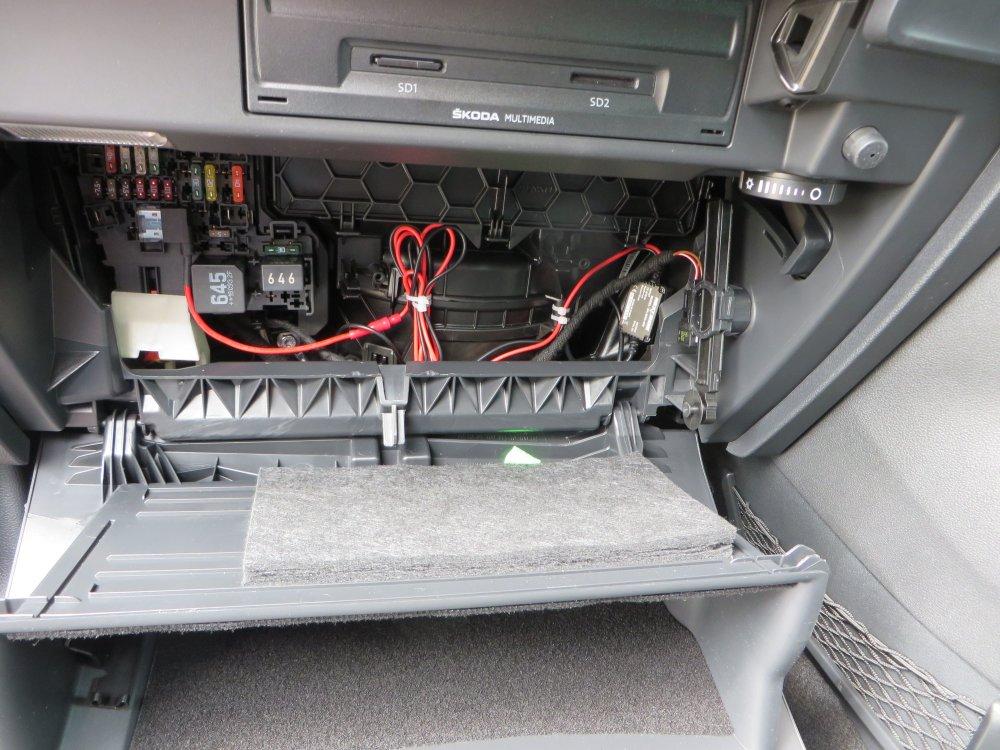 medium resolution of  switch dashcam switched power skoda karoq guides briskoda on light switch diagram switch box ford wiring
