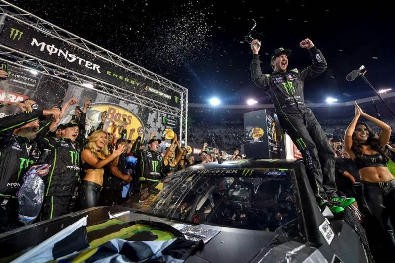 Kurt Busch snaps winless streak at the Holy Grail