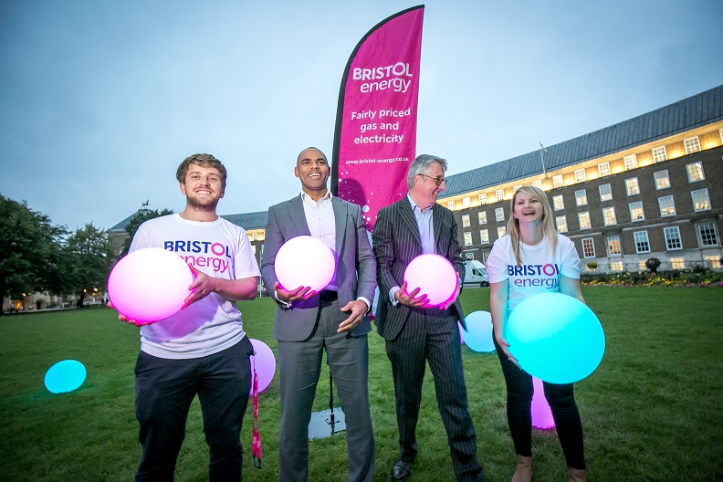 Mayor and Peter Haigh with Bristol Energy team members