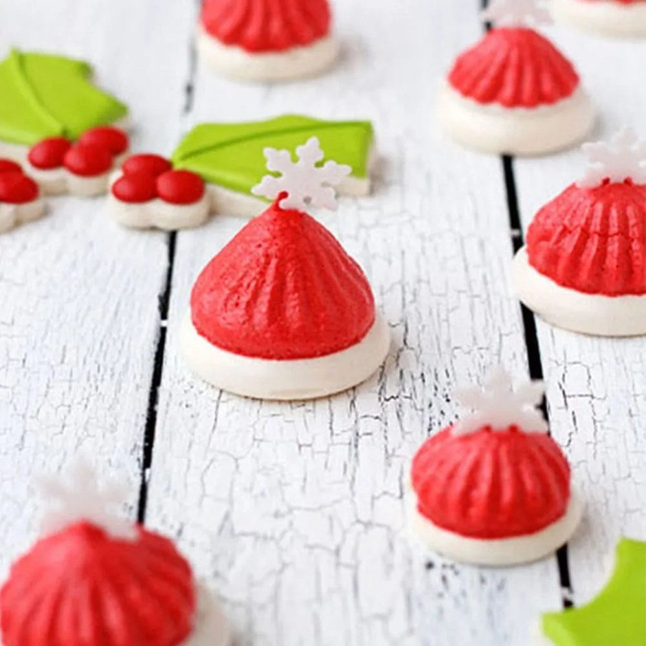 15 Meringue Recipes to Whip Up for the Holiday Season