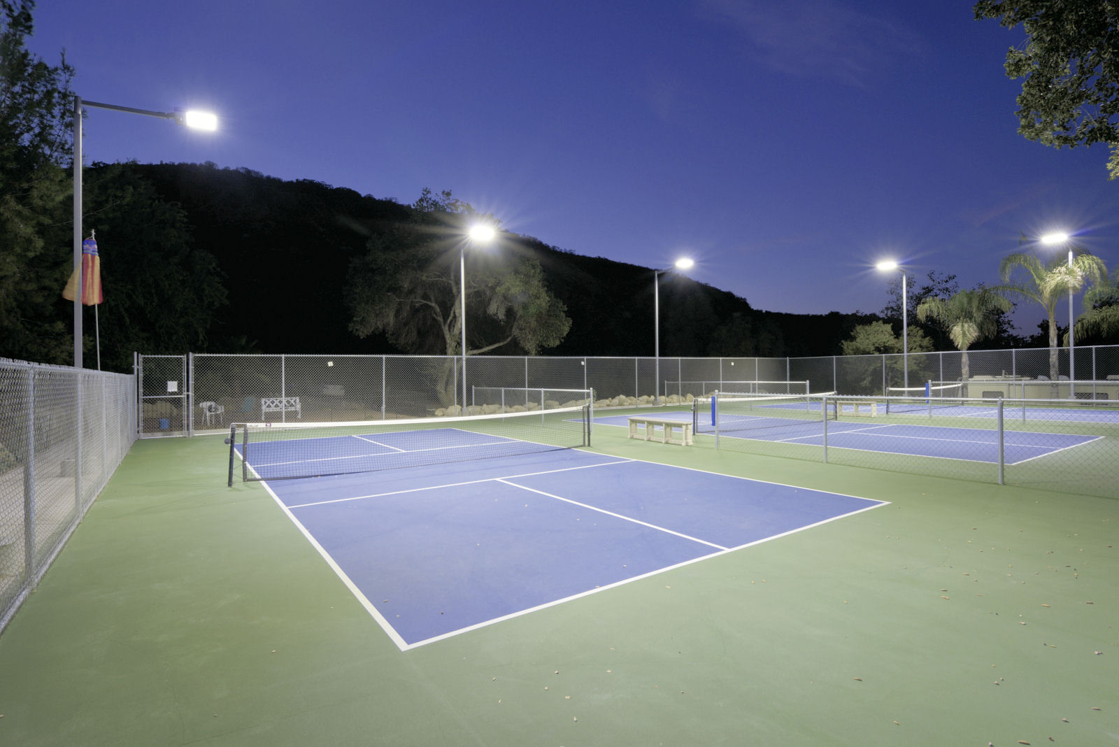 http www britecourt com outdoor tennis lighting