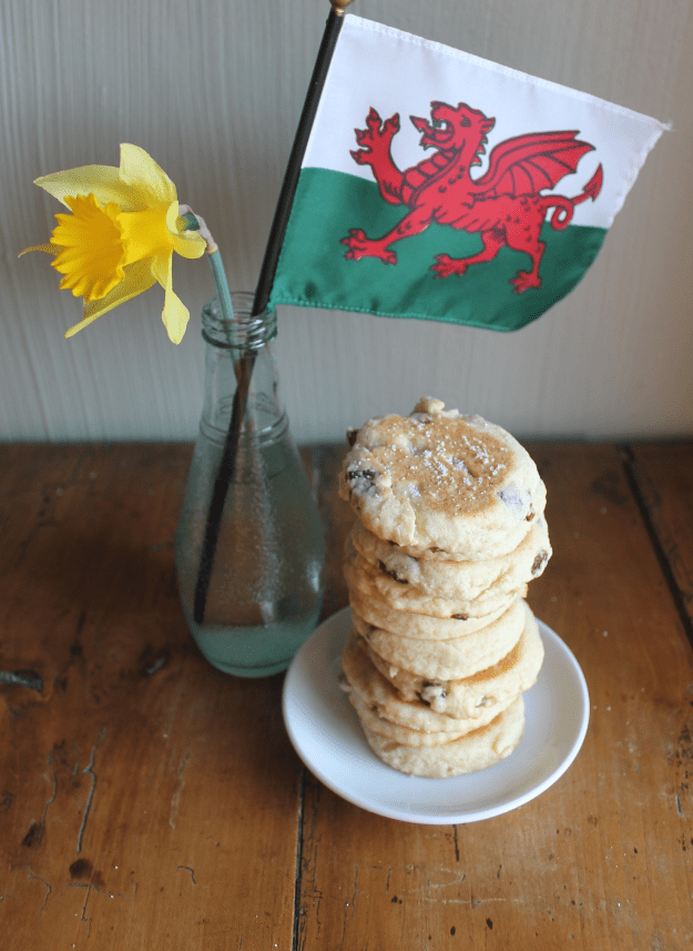 Welsh Cakes from britinthesouth.com