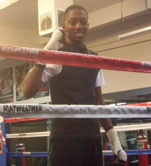 Junior Saba Boxer