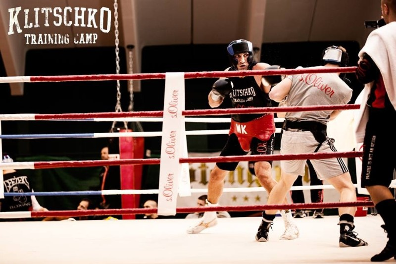 Simon Barclay sparring klitschko