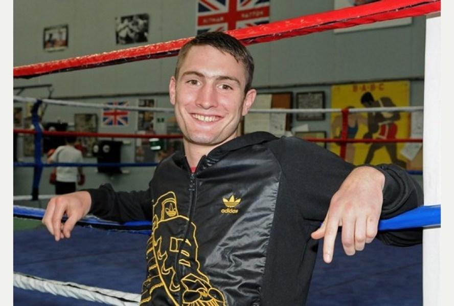 61 BoxingTom Langford visits Bideford ABC GymPicture: Mike Southon Ref: BNMS20120910H-006_C
