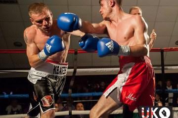 Andy Keates (l) v Luke PAddock (r) UKO