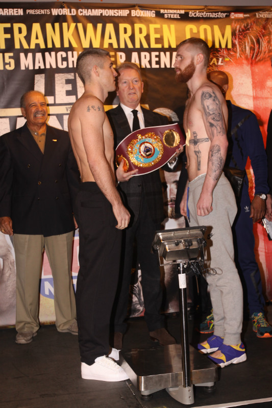 liam smith vs jimmy kelly weigh in