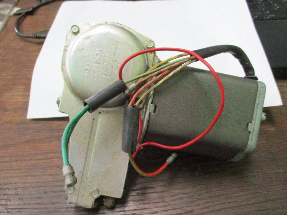 medium resolution of rolls royce wiper motor photo