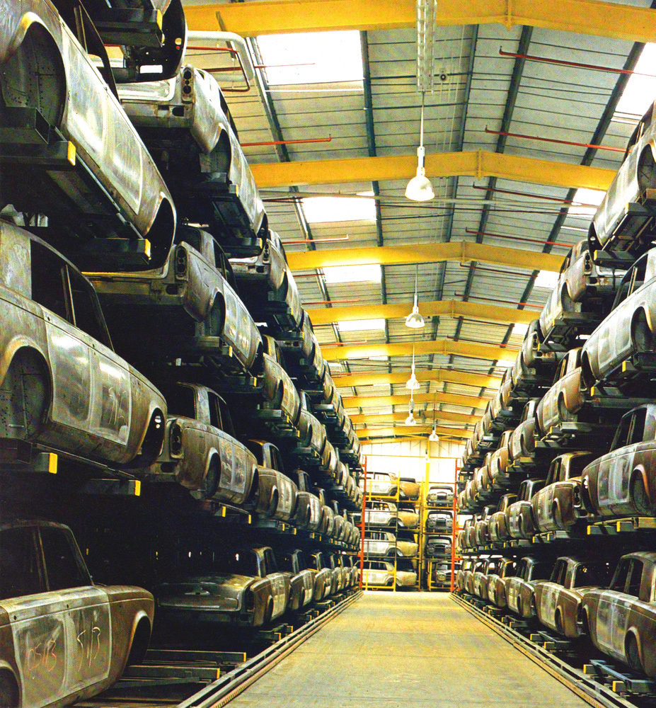 hight resolution of a photo of rolls royce bodies in crewe