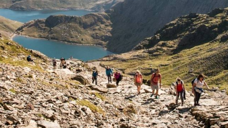 HF HOLIDAYS INTRODUCES NEW UK GUIDED DAY WALKS FROM APRIL 2021