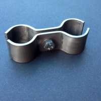 Stainless Steel Pipe Clamp Bracket Double Ports 28mm Diameter