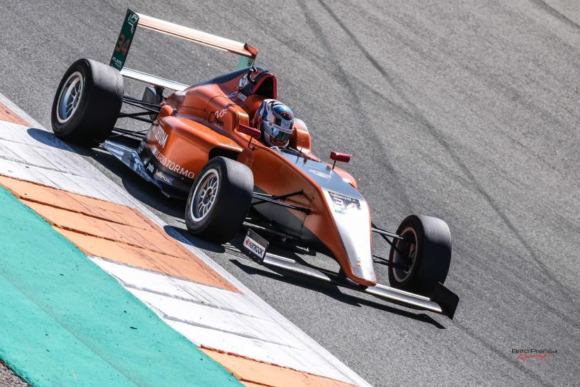 Top 5 para el CETDM F4 en el Circuit Ricardo Tormo