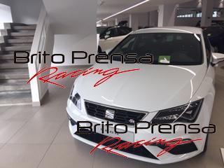 El Seat León FR se define con aspecto atrevido con sus faros Full Led