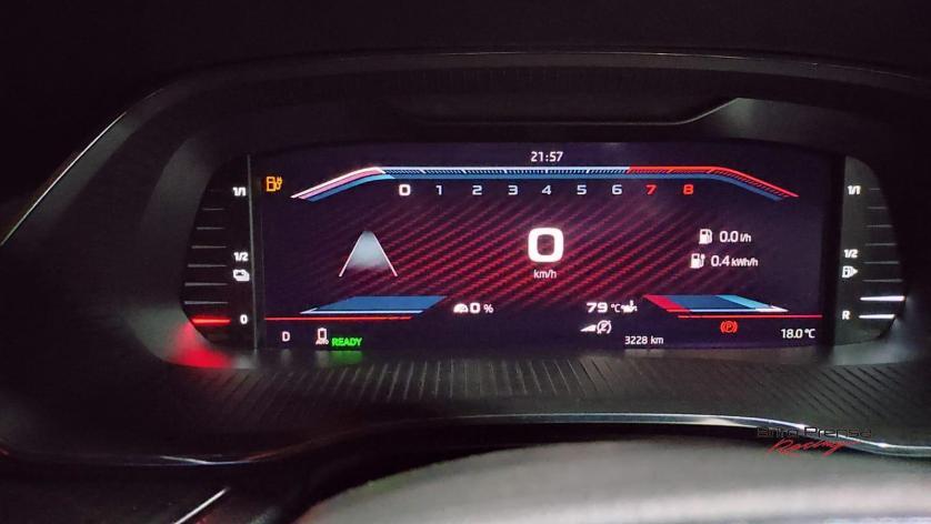 Diferentes diseños según gustos del conductor ofrece este Octavia RS