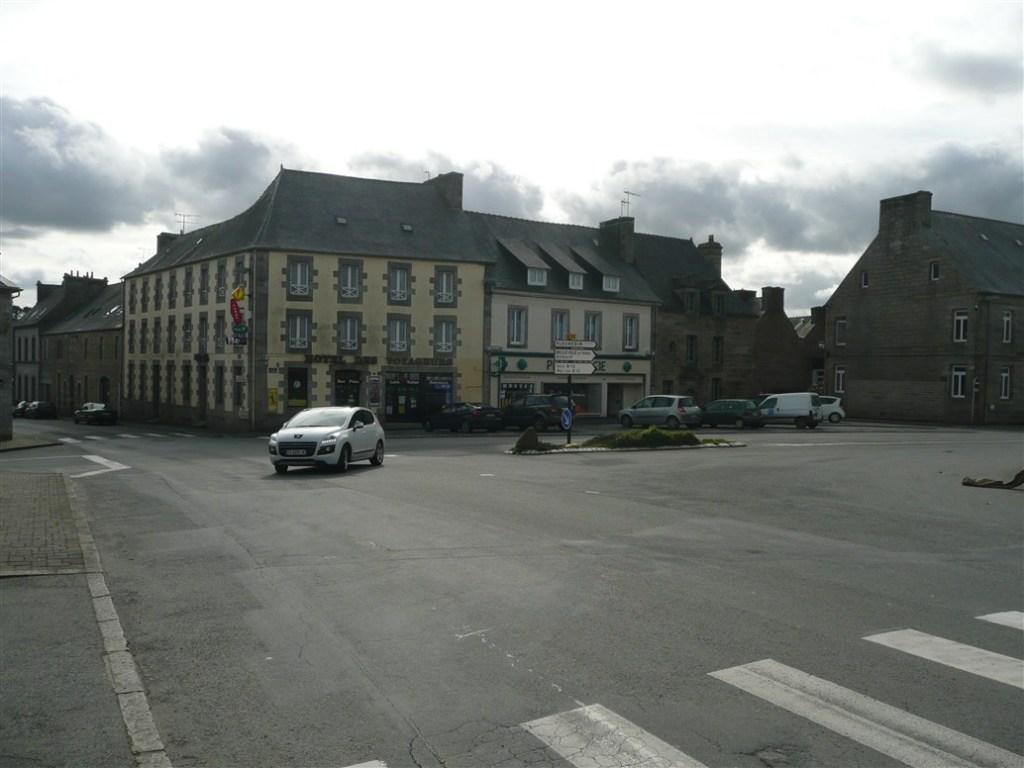 Plouaret town center