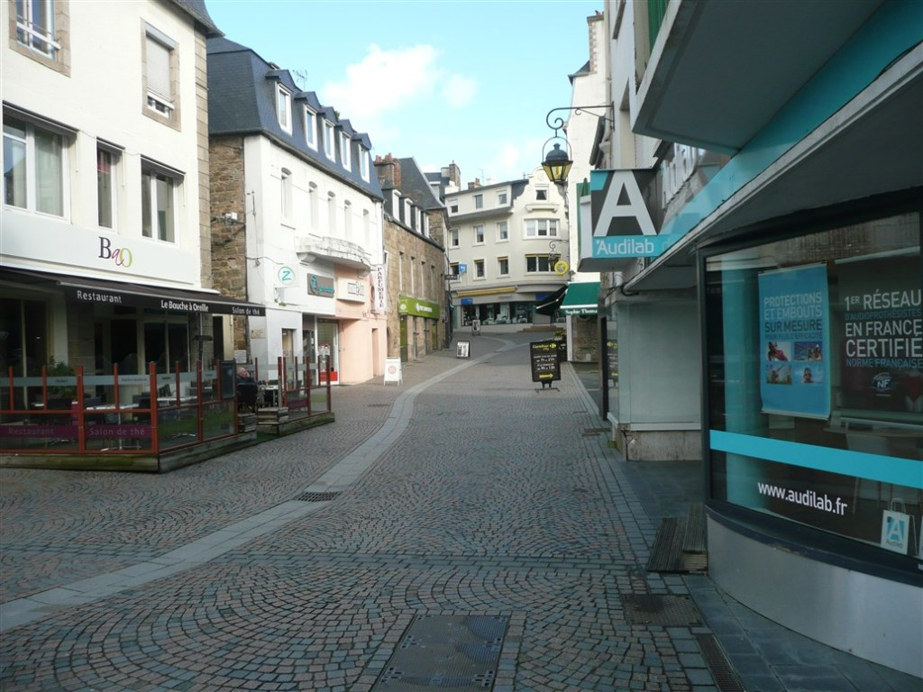 Image of Lannion town center