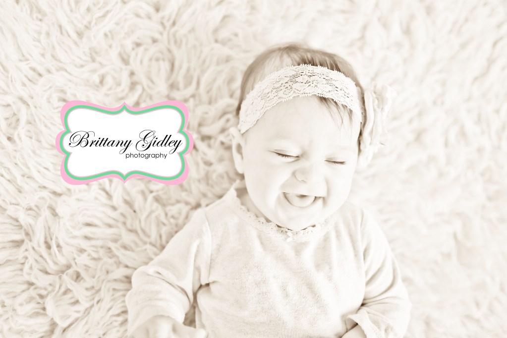 Isabel 6 Months | Cleveland Baby Studio