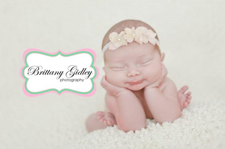 Newborn Froggy Pose | Brittany Gidley Photography LLC