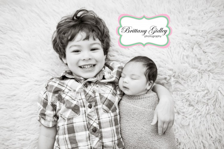 Newborn Baby and Big Brother | Brittany Gidley Photography LLC