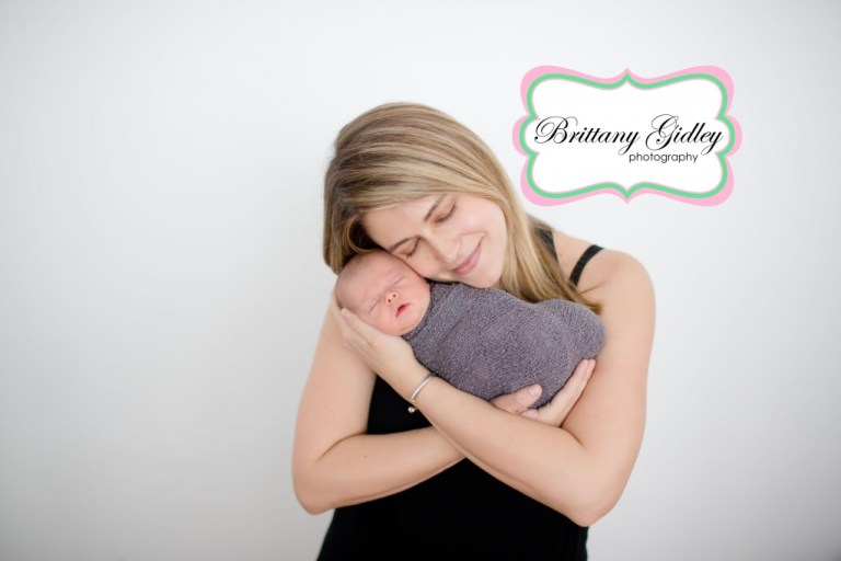 Mom & Baby Pose| Brittany Gidley Photography LLC
