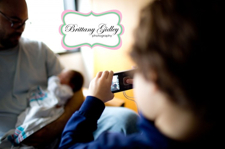 Big Brother Meeting Little Brother | Brittany Gidley Photography LLC