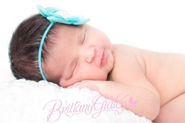 Newborn Photography | Newborn | Girl | Baby Girl | Teal | Brittany Gidley Photography LLC