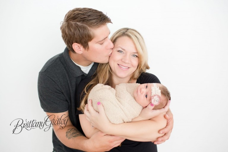 Newborn Family Photography | Newborn Baby | White | Love | Newborn Posing