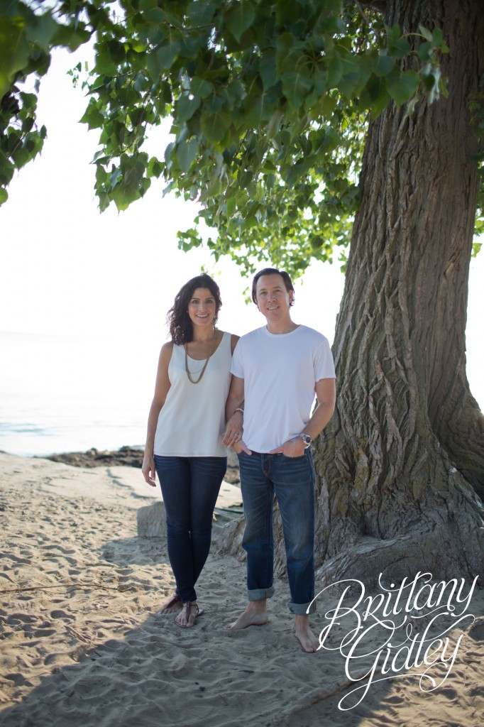 Family Beach Session | Beach | Cleveland Ohio | Family | Parents Only Shot
